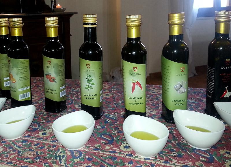 De gearomatiseerde olijfolie van Feudo Disisa
