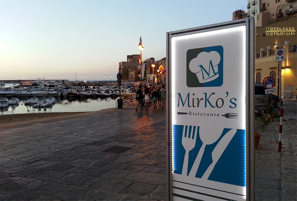 Using our smartphone to get to Mirko's