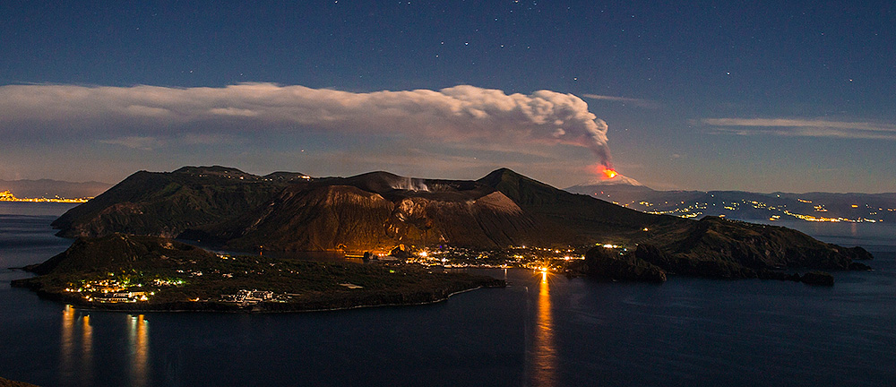 The eruption of Mount Etna on September 27, 2013