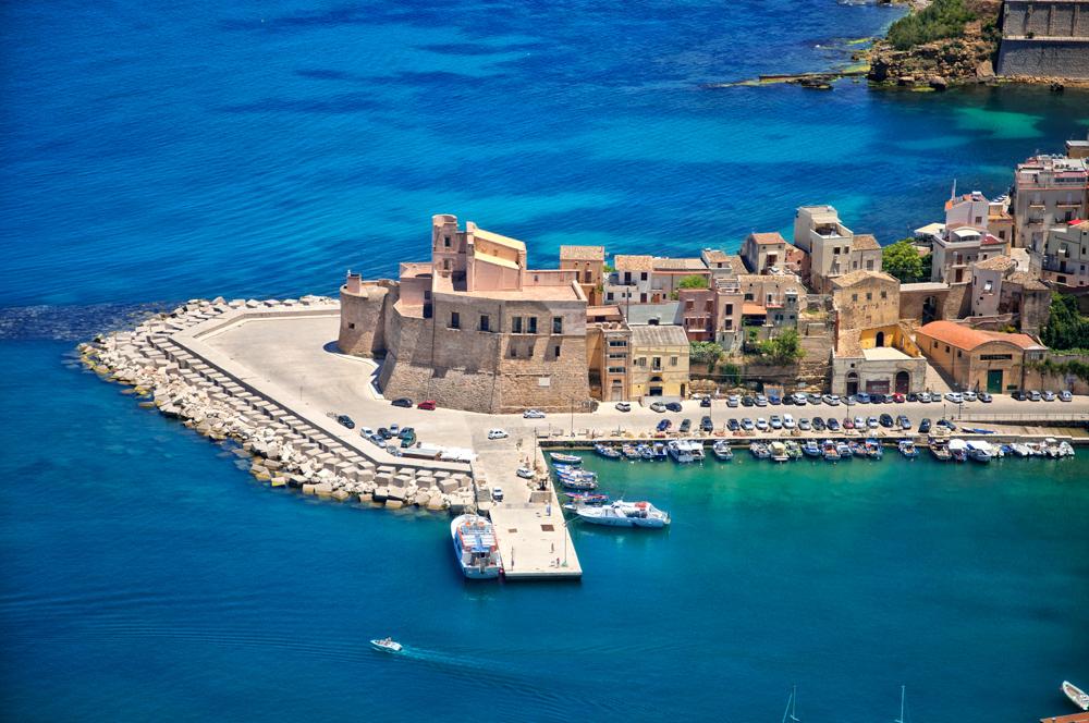 Het kasteel van Castellammare del Golfo