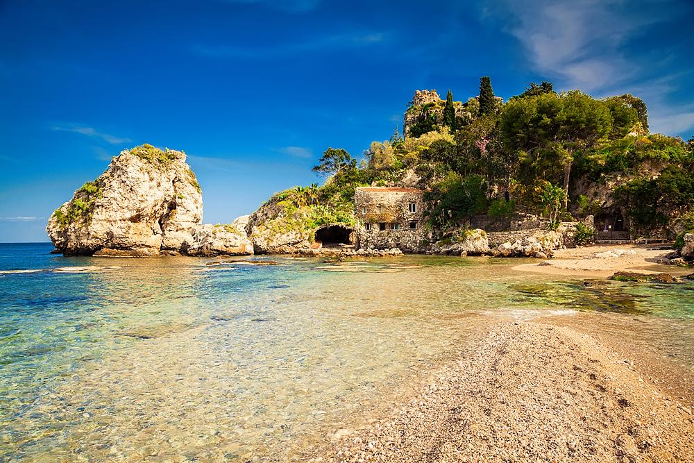 Het eilandje zou eigenlijk Isola bellissima moeten heten...