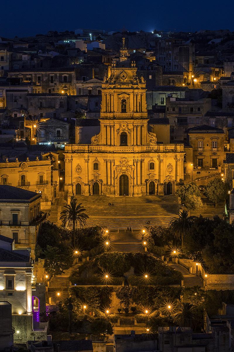 De barokke kathedraal van Modica