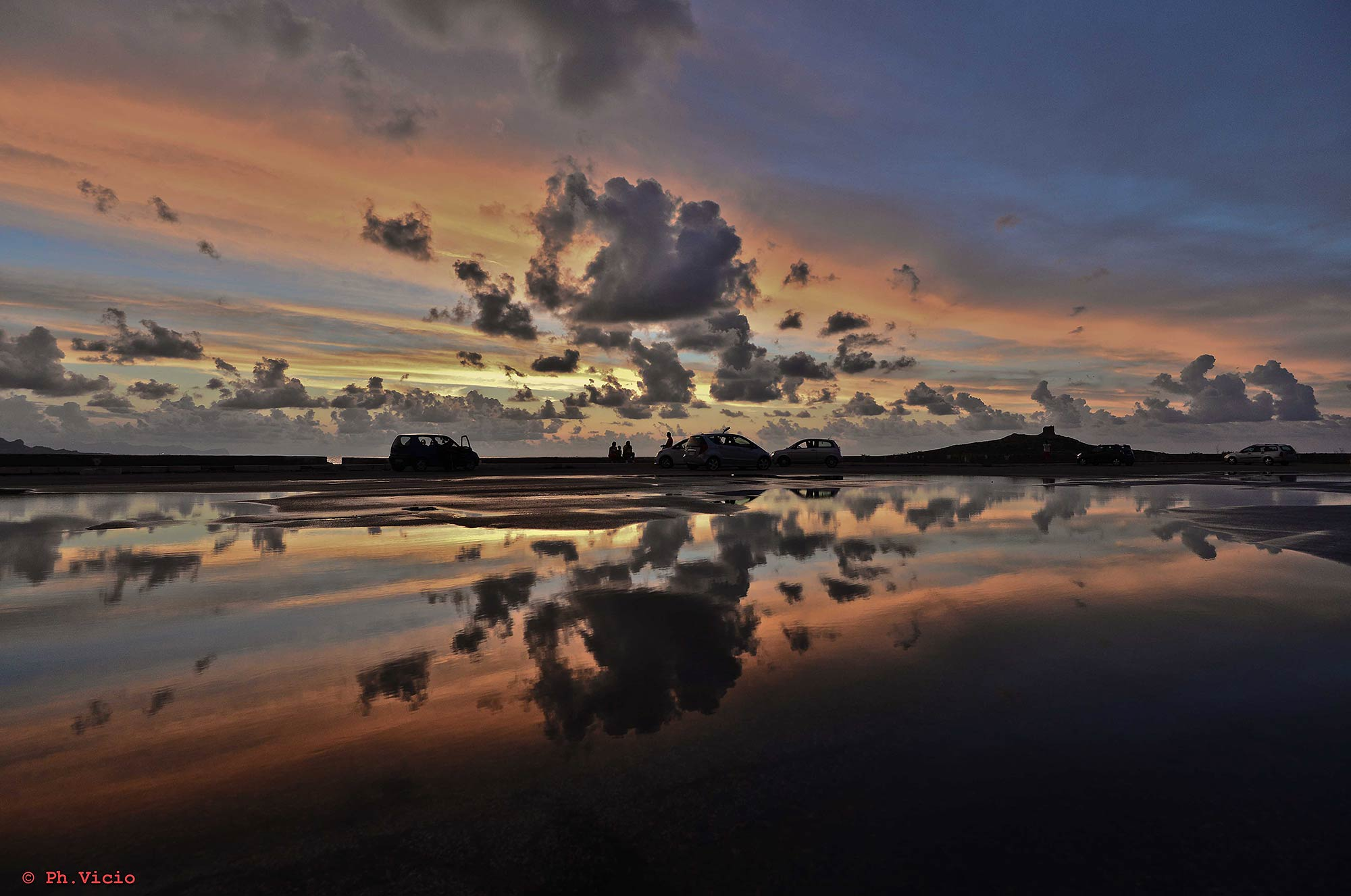 A colored sky near Isola delle femmine