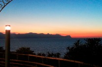 Prachtige kleuren boven de Golfo di Castellammare op Sicilië